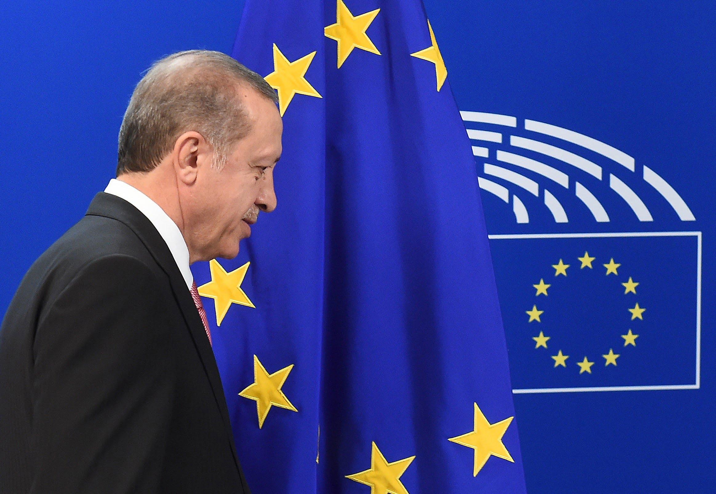 Η στρατηγική της Τουρκίας για τους… κουτόφραγκους