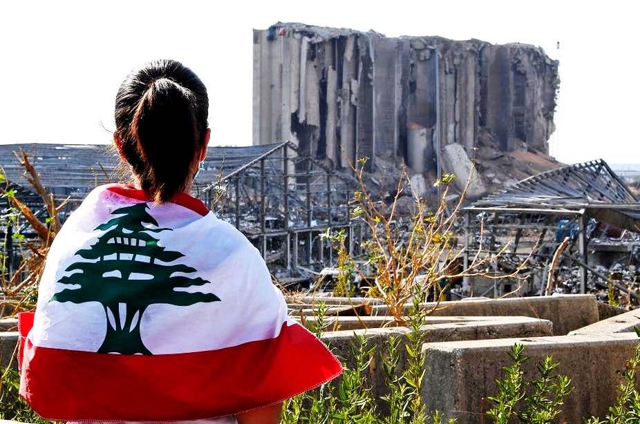 Ποιος καταστρέφει τον Λίβανο και γιατί;