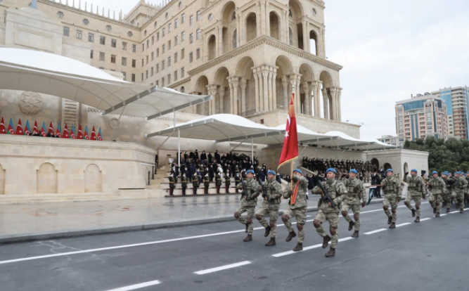Η στρατιωτική παρέλαση στο Μπακού ήταν προσβολή όχι μόνο για την Αρμενία αλλά και για τη Ρωσία
