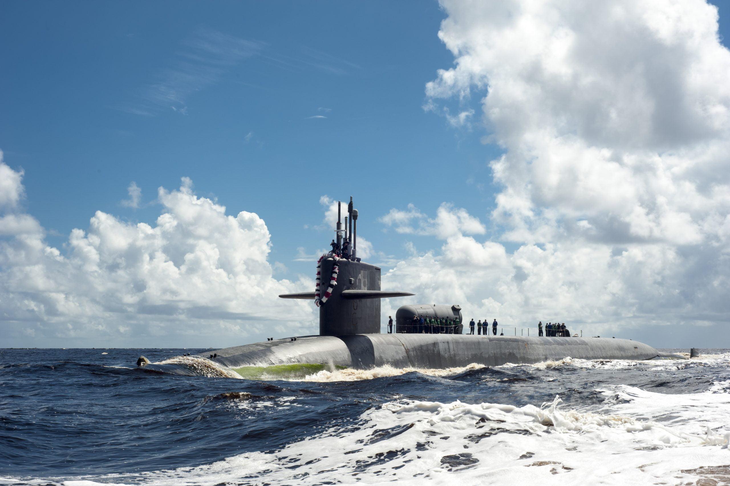 Οι ΗΠΑ στέλνουν πυρηνοκίνητο υποβρύχιο στον Περσικό Κόλπο – Μήνυμα προς το Ιράν