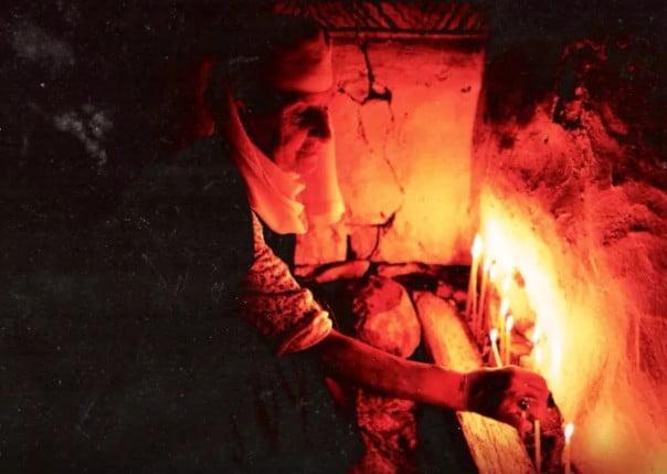 """Δύσκολα τα χρόνια που πέρασαν οι χριστιανοί στη Βόρειο Ήπειρο: """"Τα Σπάργανα του Χριστού που φάσκιωναν την ψυχή μας"""""""