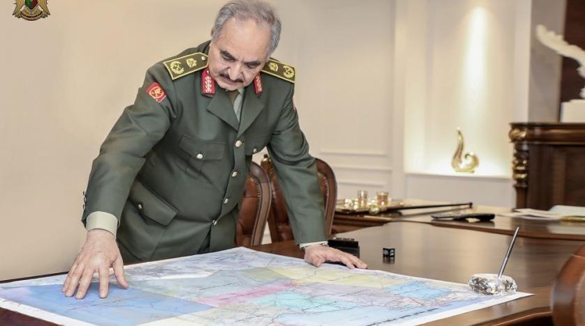 Γαλλία-Λιβύη: Το Παρίσι καλεί τον Χάφταρ να αποφύγει κάθε επανάληψη εχθροπραξιών