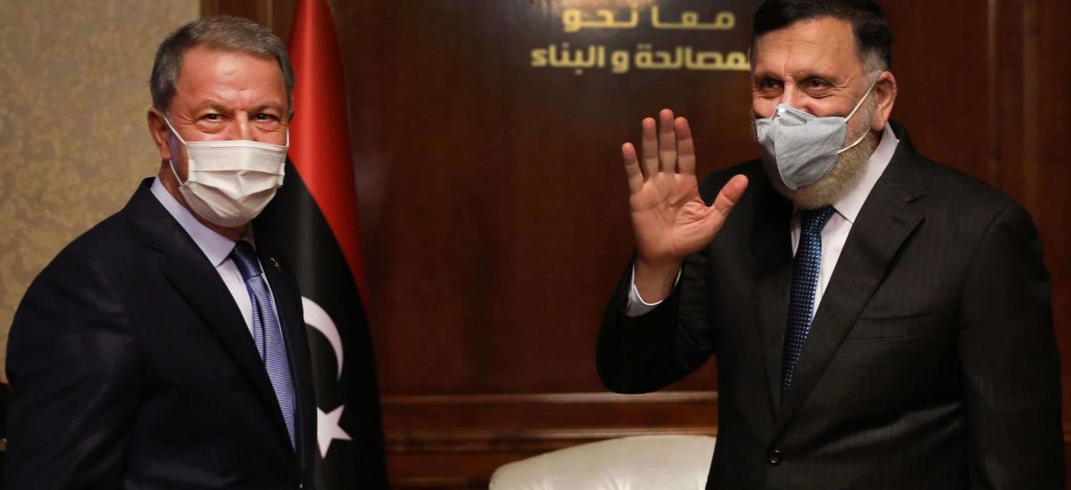 """Ο Χαφτάρ απαντάει σε Ακάρ: """"Η απάντησή μας στο πεδίο θα είναι σκληρή"""""""