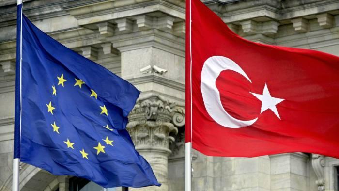 Η Ιταλία έγινε ο μεγαλύτερος χρηματοδότης της Τουρκικής κυβέρνησης το έτος 2020