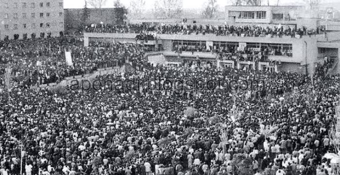 Αλβανία: Τριάντα χρόνια μετά παραμένει όμηρος του Χοτζικού παρελθόντος της
