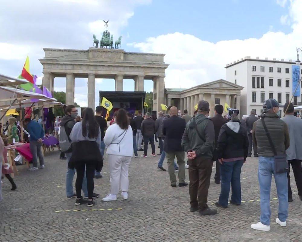 Διαμαρτυρία στο Βερολίνο για την απελευθέρωση του Οτσαλάν και του Αφρίν