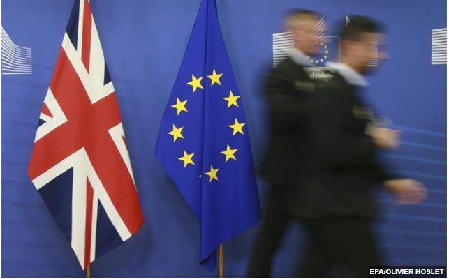 «Tόσο η Ευρωπαϊκή Ένωση όσο και η Βρετανία θα αποδυναμωθούν από το Brexit»