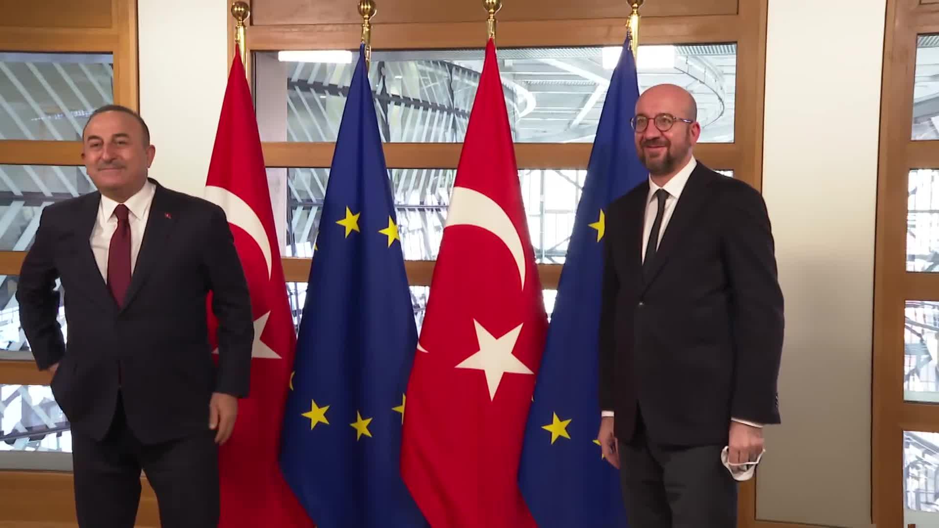 Πρόεδρος του Ευρωπαϊκού Συμβουλίου, Σαρλ Μισέλ σε Τσαβούσογλου: Θέλουμε εποικοδομητική σχέση με την Τουρκία αλλά και απτά αποτελέσματα