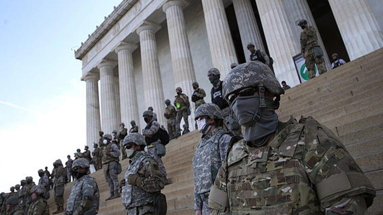 Αναβάθμιση μέτρων ασφαλείας: Eντολή να φέρει οπλισμό έλαβε η Εθνοφρουρά στην Ουάσινγκτον