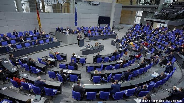 Κι όμως, στη γερμανική βουλή συζητούν για επιβολή εμπάργκο όπλων στην νεοοθωμανική Τουρκία