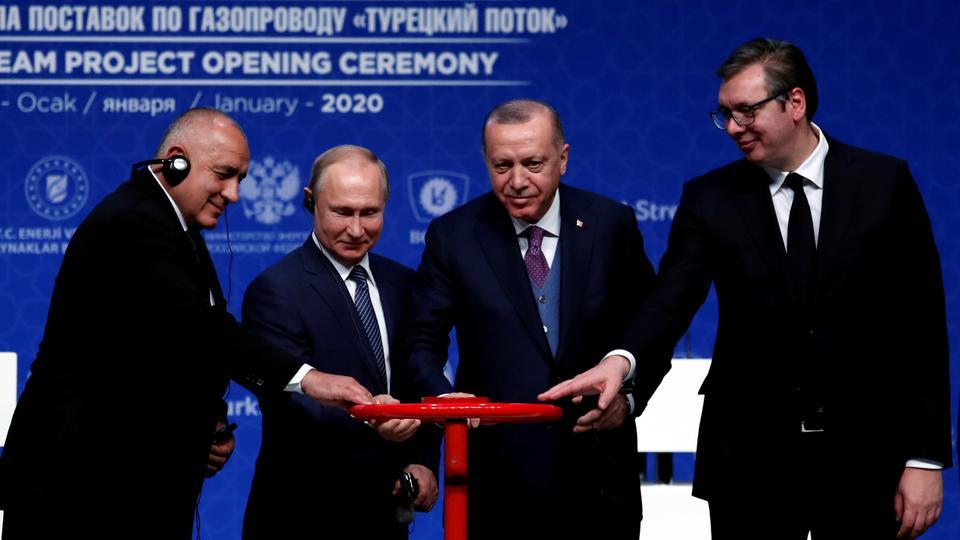 """Ο αγωγός που """"έριξε"""" τον Καραμανλή, στέλνει φυσικό αέριο στην Ελλάδα"""