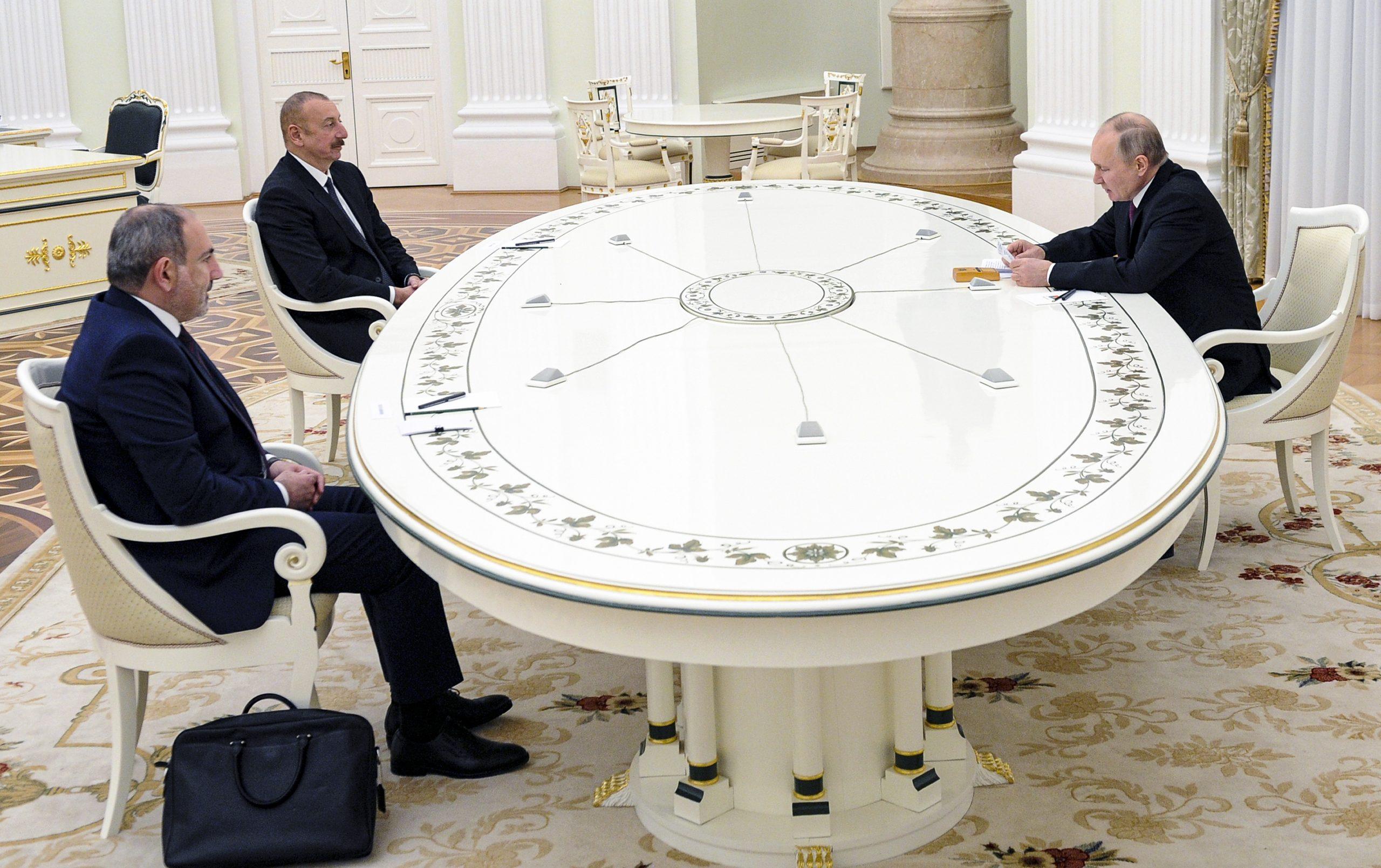 Medvedev: Η συνεργασία μας με την Τουρκία στο Αρτσάχ δεν αποτελεί μακροπρόθεσμη λύση