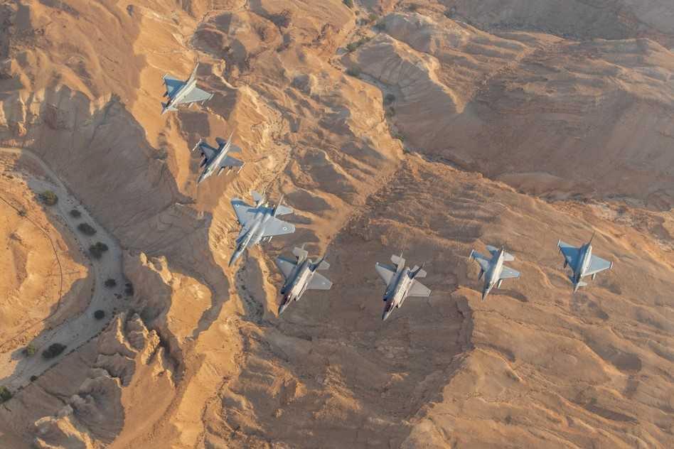 Ελλάδα και Ισραήλ ανοίγουν «ομπρέλα» στη «σφήνα» της Άγκυρας – Διευρύνεται η στρατιωτική συνεργασία – Ελληνικά F-16 στη «Blue Flag» – Ισραηλινά στον «ΗΝΙΟΧΟ»