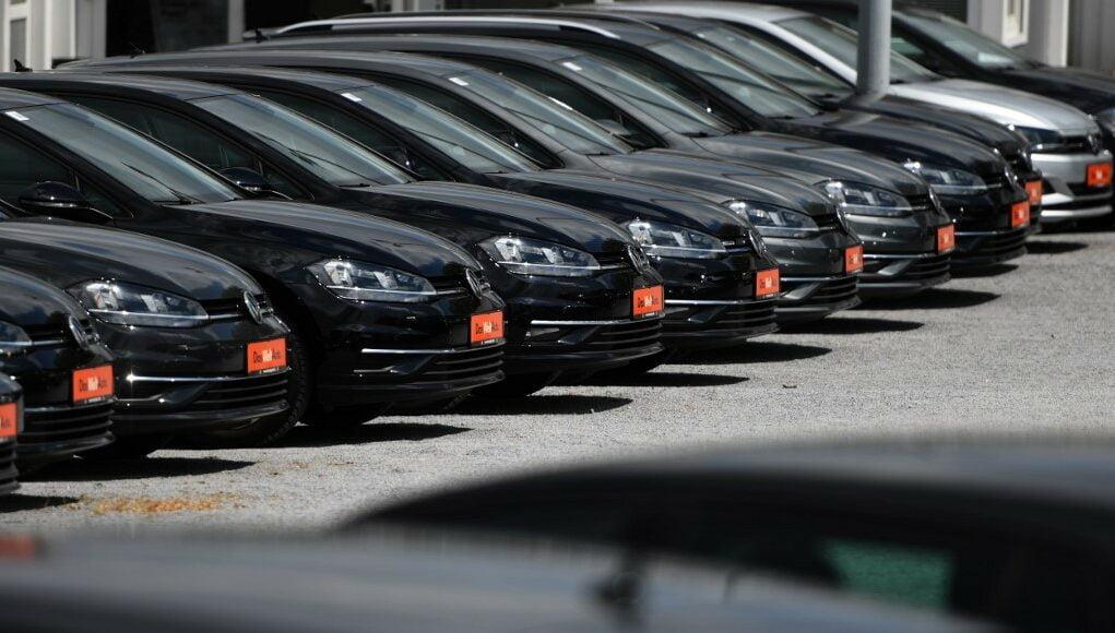 """Προκλητική απόφαση της Τουρκίας: """"Εκδιώκει"""" όλα τα αυτοκίνητα Volkswagen από το κράτος, επειδή ακυρώθηκε η επένδυση στην Τουρκία"""