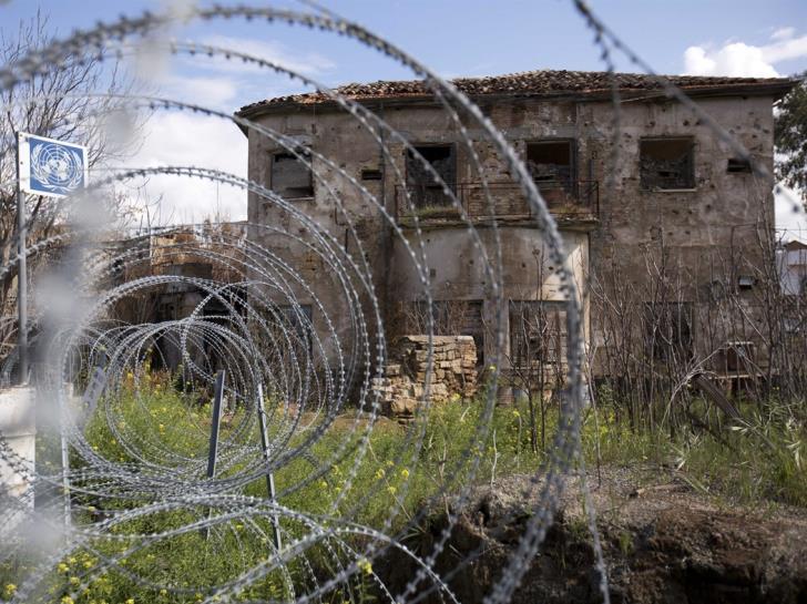 Απίστευτες πιέσεις δέχεται η Κύπρος – Μιλούν για τελευταία ευκαιρία και εκβιάζουν τη Λευκωσία