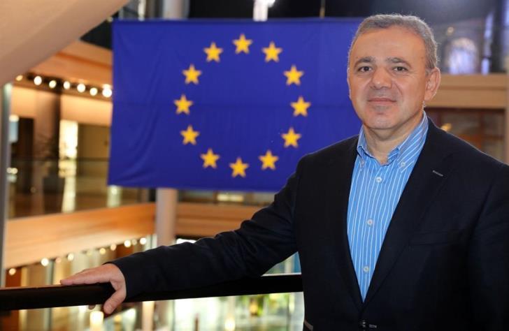 Επιτέλους, ένας Έλληνας πολιτικός βρήκε το θάρρος να μιλήσει για τον Ντεμιρτάς