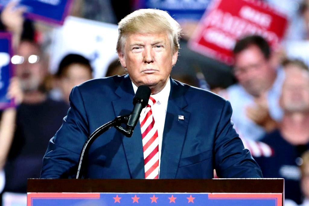 ΗΠΑ: Ο Τραμπ κηρύσσει σε κατάσταση εκτάκτου ανάγκης την Ουάσινγκτον ενόψει της ορκωμοσίας Μπάιντεν