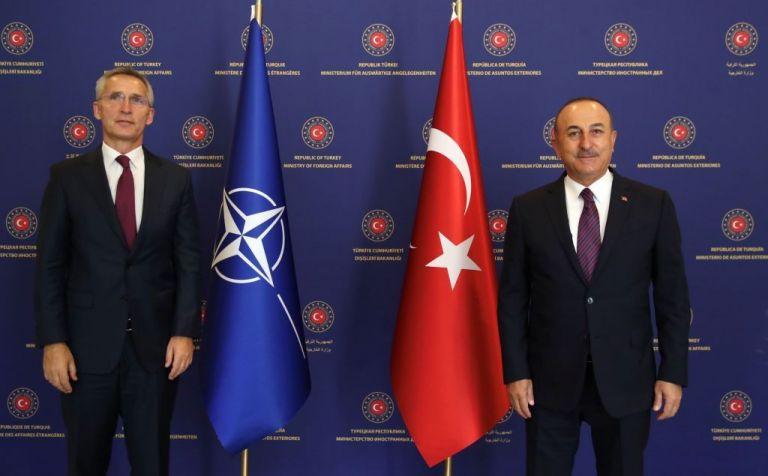 Τσαβούσογλου – Στόλτενμπεργκ : Τι συζήτησαν για τις διερευνητικές Ελλάδας – Τούρκιας