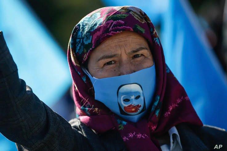 Η Τουρκία, η Κίνα, τα εμβόλια και οι Ουιγούροι