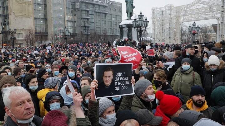 Βλαντιμίρ Πούτιν: Παράνομες και επικίνδυνες οι διαμαρτυρίες για την απελευθέρωση του Ναβάλνι