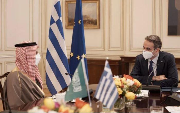 Σημαντική συνάντηση Κ. Μητσοτάκη με τον ΥΠΕΞ της Σ. Αραβίας