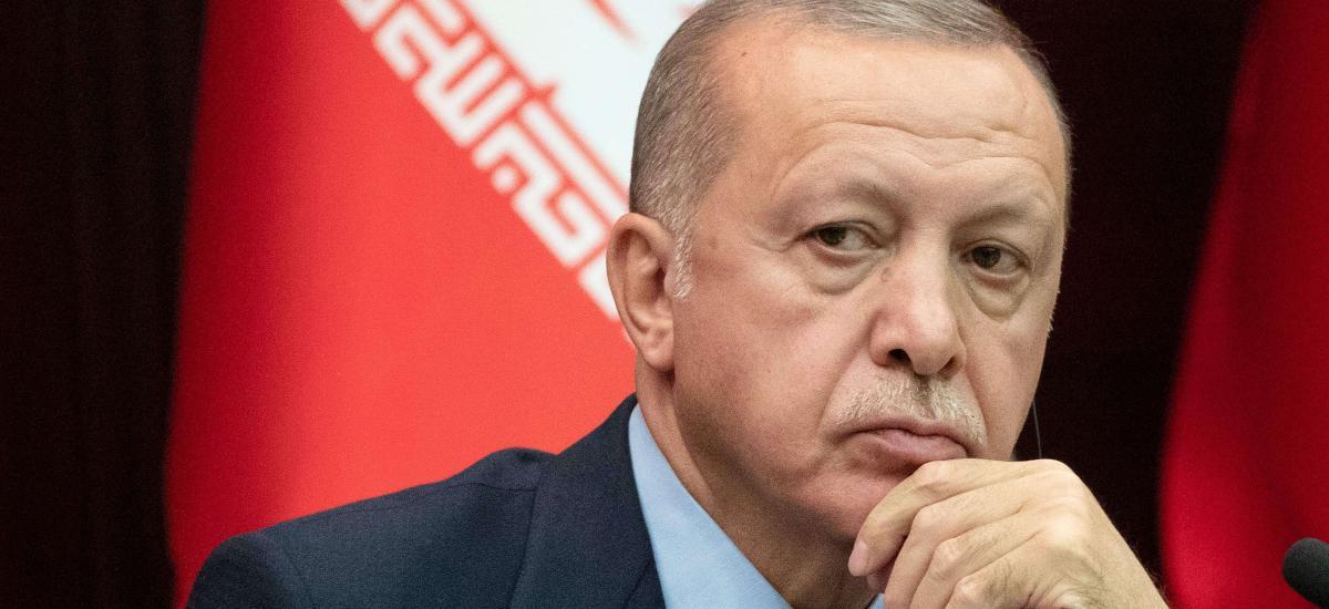 Ο υπουργός Εσωτερικών Σοϊλού υπονομεύει πλέον ανοικτά τον Ερντογάν