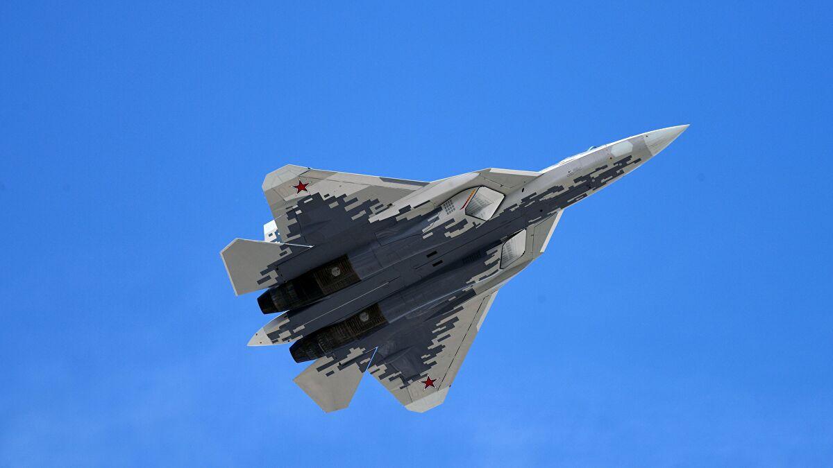 Συνεχίζονται οι δοκιμαστικές πτήσεις των Su-57 με νέο υπερηχητικό πύραυλο