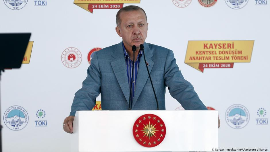 Ο Ερντογάν κατηγορεί την Ελλάδα γιατί δεν τον αφήνει να εξισλαμίσει την Ελλάδα και την Ευρώπη