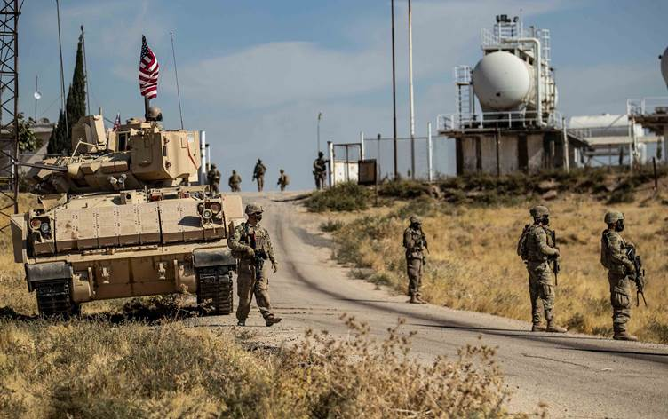 Εκπρόσωπος Πενταγώνου: Συνεχίζουμε με τους Κούρδους σε Β. Ιράκ και ΒΑ Συρία, εναντίον του ISIS