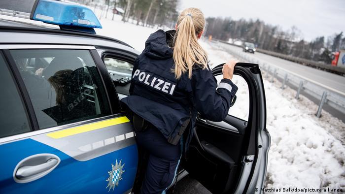 Η Ε.Ε. αντιδρά στο κλείσιμο των συνόρων από τη Γερμανία
