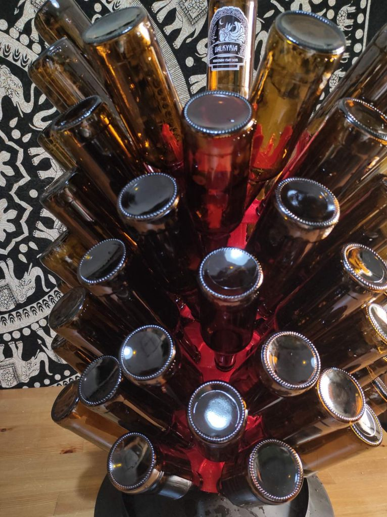 Σπιτική μπύρα! Ζυθοποιοί εξηγούν γιατί μετέτρεψαν το σπίτι τους σε ζυθοποιείο