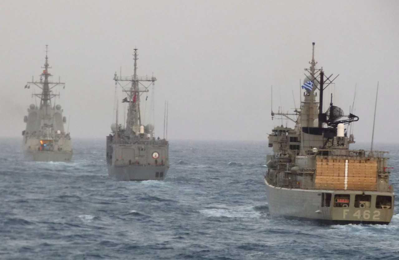 Η ώρα των φρεγατών: Ποια είναι η «ενδιάμεση λύση» για το Πολεμικό Ναυτικό – Πώς θα συμβάλλουν Γαλλία και ΗΠΑ