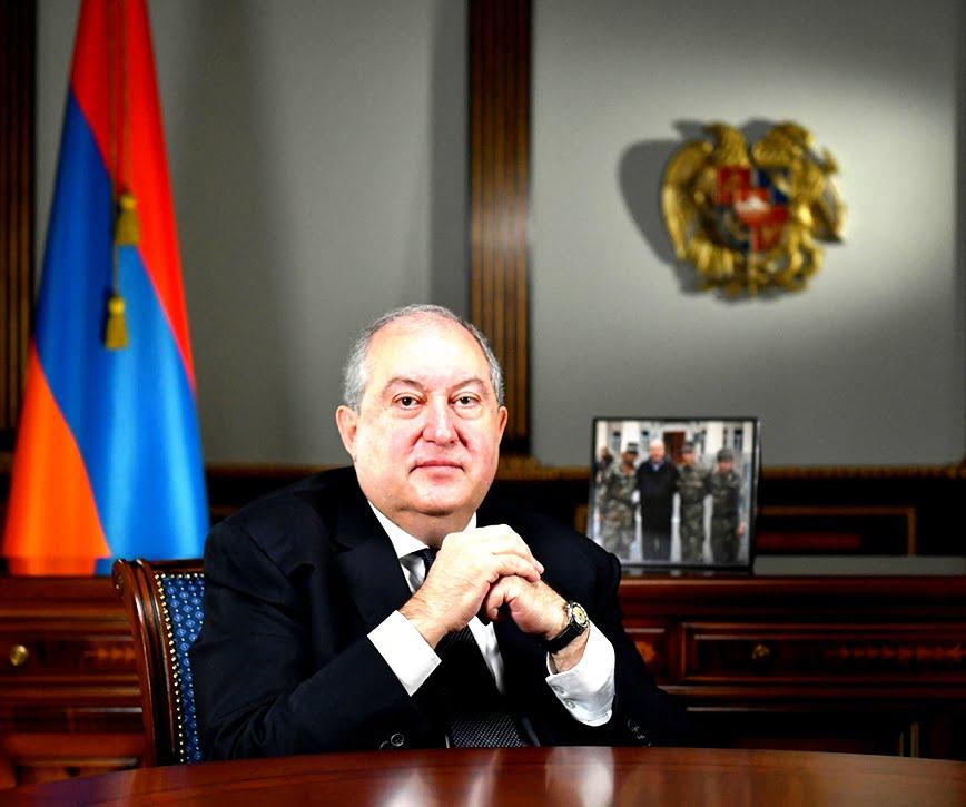 Αρμενία: Ο πρόεδρος αρνείται να υπογράψει την αποστράτευση του αρχηγού του στρατού, η κρίση επιδεινώνεται