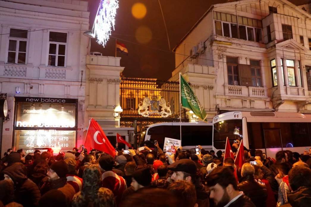 Ανησυχία στις μυστικές υπηρεσίες της Ολλανδίας: Πόσο επηρεάζει η ρητορική Ερντογάν τους Τούρκους της χώρας
