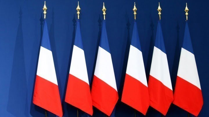 Μαίνεται ο «πολιτισμικός πόλεμος» στη Γαλλία