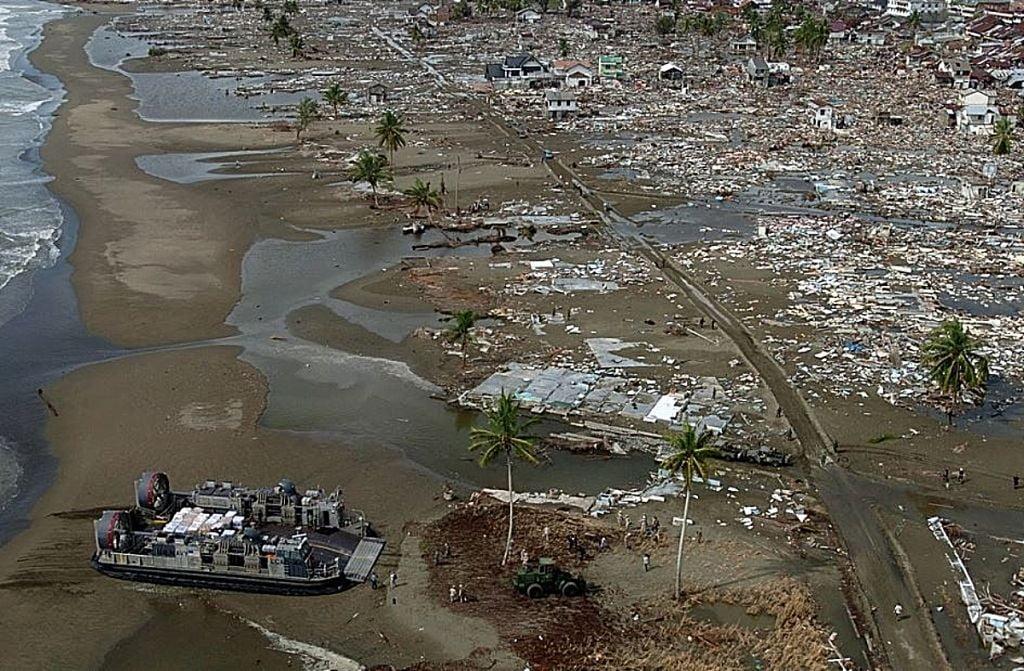 Τσουνάμι: Δείτε τα πιο καταστροφικά που κατέγραψαν κάμερες ανά τα χρόνια