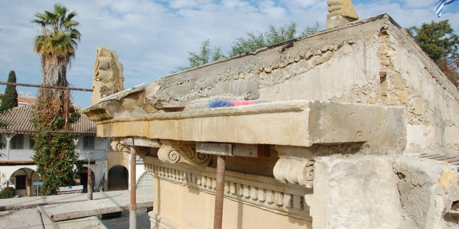 Ανακάλυψαν κι άλλη κρύπτη του 1821 στο υπόγειο Παγκύπριου Γυμνασίου (ΦΩΤΟ)