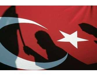 Τουρκία: 150 συλλήψεις μελών του στρατού για πιθανές διασυνδέσεις με το δίκτυο του Γκιουλέν