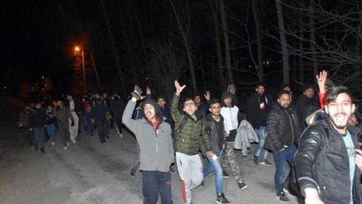 """Αποκαλύψεις για το σχέδιο και τις δράσεις της Τουρκίας να """"πνίξει"""" την Ελλάδα σε μετανάστες"""