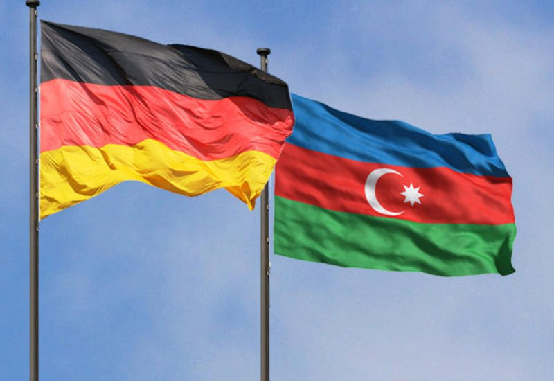 Ακριβά γούστα! Χαβιάρι, χαλιά, ακριβά ποτά και κοσμήματα – Έτσι δωροδοκεί το Αζερμπαϊτζάν τους Γερμανούς