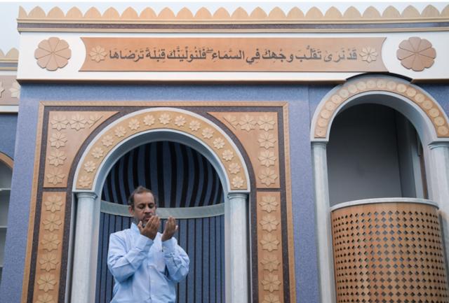Σοκ: 600 κρυφά τζαμιά λειτουργούν παράνομα στην Ελλάδα!