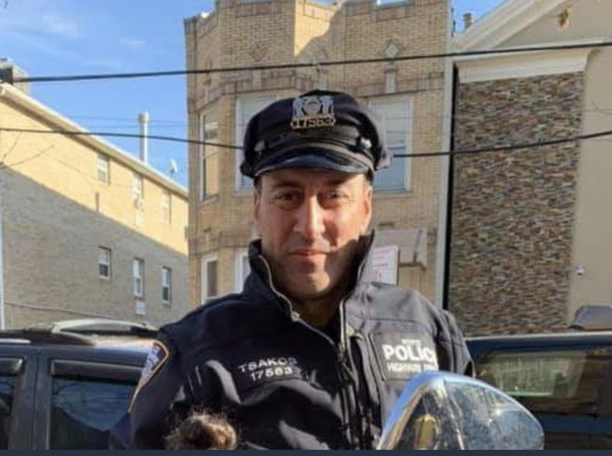 ΗΠΑ: Αυτοκίνητο παρέσυρε και σκότωσε έλληνα αστυνομικό – «F@ck the police» φώναζε η δράστις