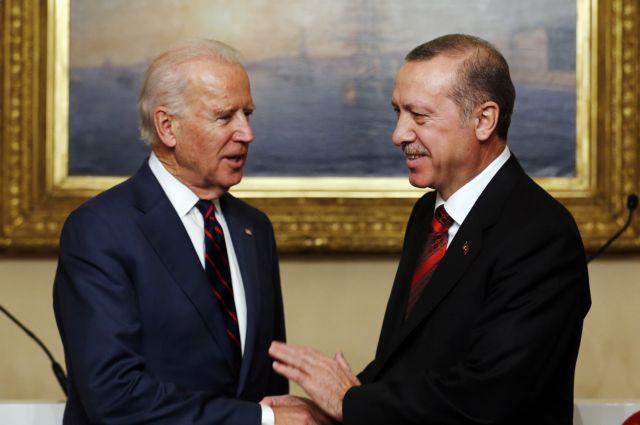 Ο Μπάιντεν πρέπει να επανεξετάσει το πλαίσιο συμμαχίας με την Τουρκία κατά την συνάντησή του με τον Ερντογάν