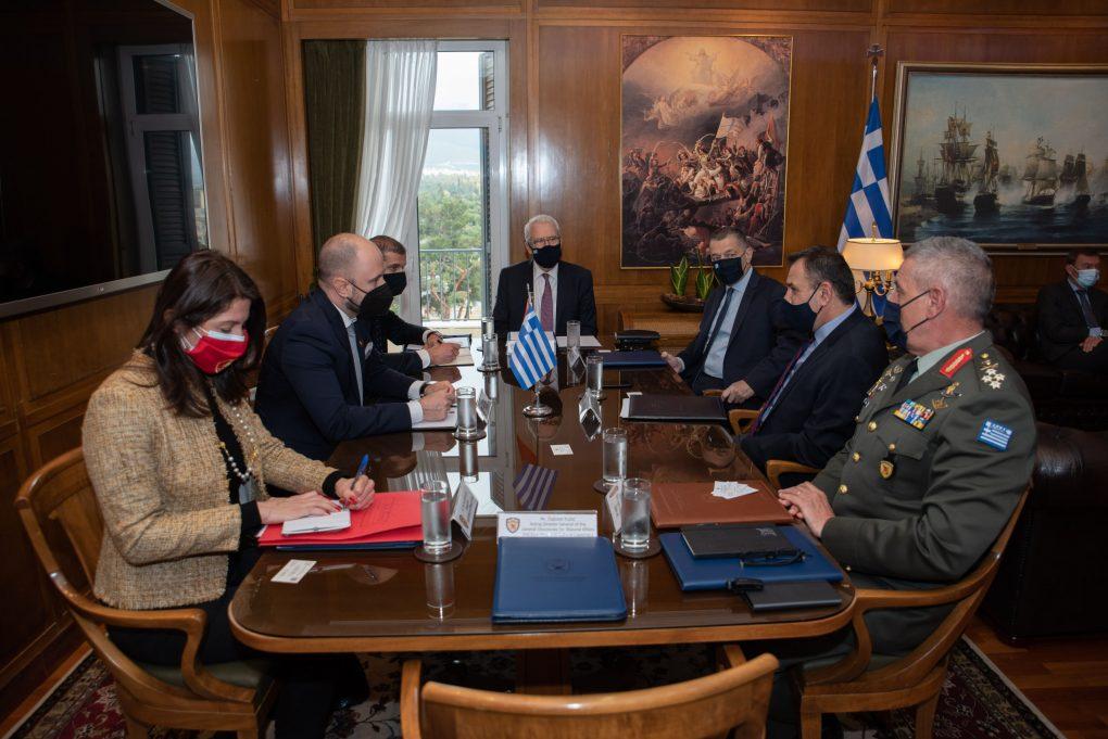 Συνάντηση ΥΕΘΑ Νικόλαου Παναγιωτόπουλου με τον Υπουργό Εξωτερικών του Μαυροβουνίου Đorđe Radulović