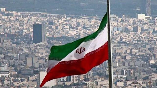 Ιράν: Η Τεχεράνη καλεί τους Ευρωπαίους να πείσουν την Ουάσινγκτον να άρει πρώτα τις κυρώσεις – Δύσκολες αναμένονται οι συνομιλίες, δηλώνει το ΥΠΕΞ