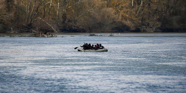 Συναγερμός στον Έβρο! Εφτά Τούρκοι αντικαθεστωτικοί πέρασαν μέσω ποταμού – Ζήτησαν πολιτικό άσυλο στην Ελλάδα