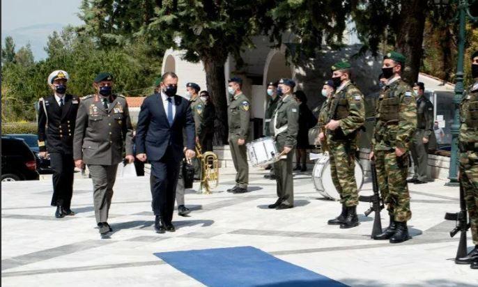 Δυσαρμονία στο πιο σημαντικό υπουργείο της Ελλάδας, το Εθνικής Άμυνας – Πρόβλημα με τον Αρχηγό ΓΕΕΘΑ