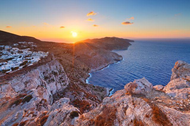 Spiegel : Επτά προτάσεις για διακοπές στην Ελλάδα τον «ήδη πιο αγαπημένο προορισμό του καλοκαιριού»