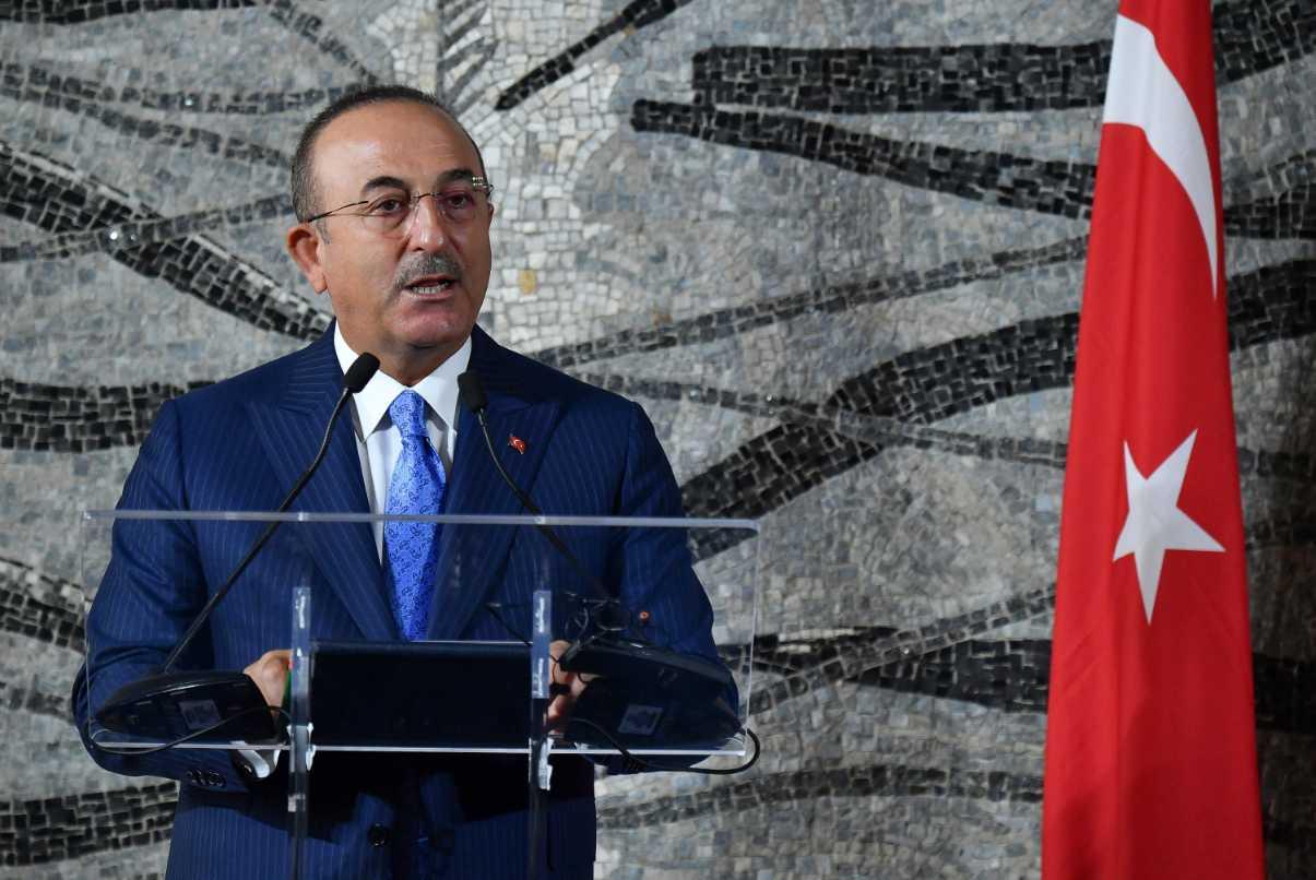 Οργισμένη απάντηση Τσαβούσογλου στον «διορισμένο» Ντράγκι – Ο Ιταλός χαρακτήρισε «δικτάτορα» τον Ερντογάν