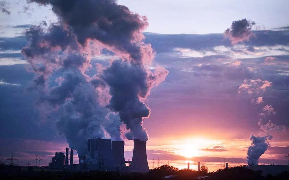 Η κλιματική αλλαγή «καίει» τους νέους στην Ευρώπη